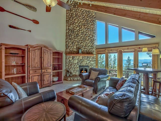 Gorgeous Lake View Home in Incline Village - Incline Village - Ev