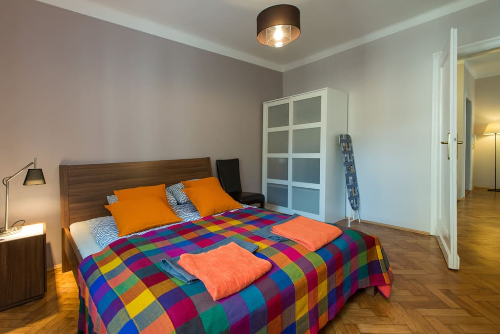 1 bedroom with bed160x200