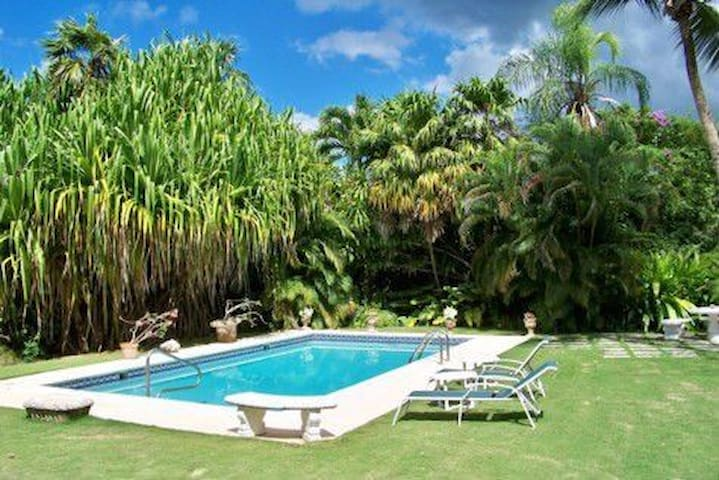 Charming Villa on Old Nine Sandy Lane Golf Course - Holetown - Casa de camp