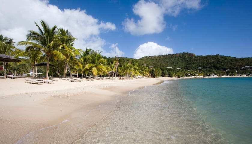 Lumpers, Galleon Beach Resort, 3 Beds, Sandy Beach - Saint Paul - Villa