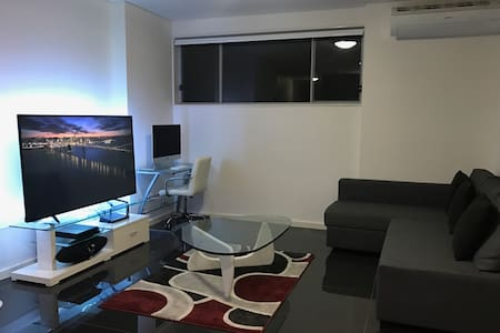Modern Apartment in Carlingford - Carlingford - Huoneisto