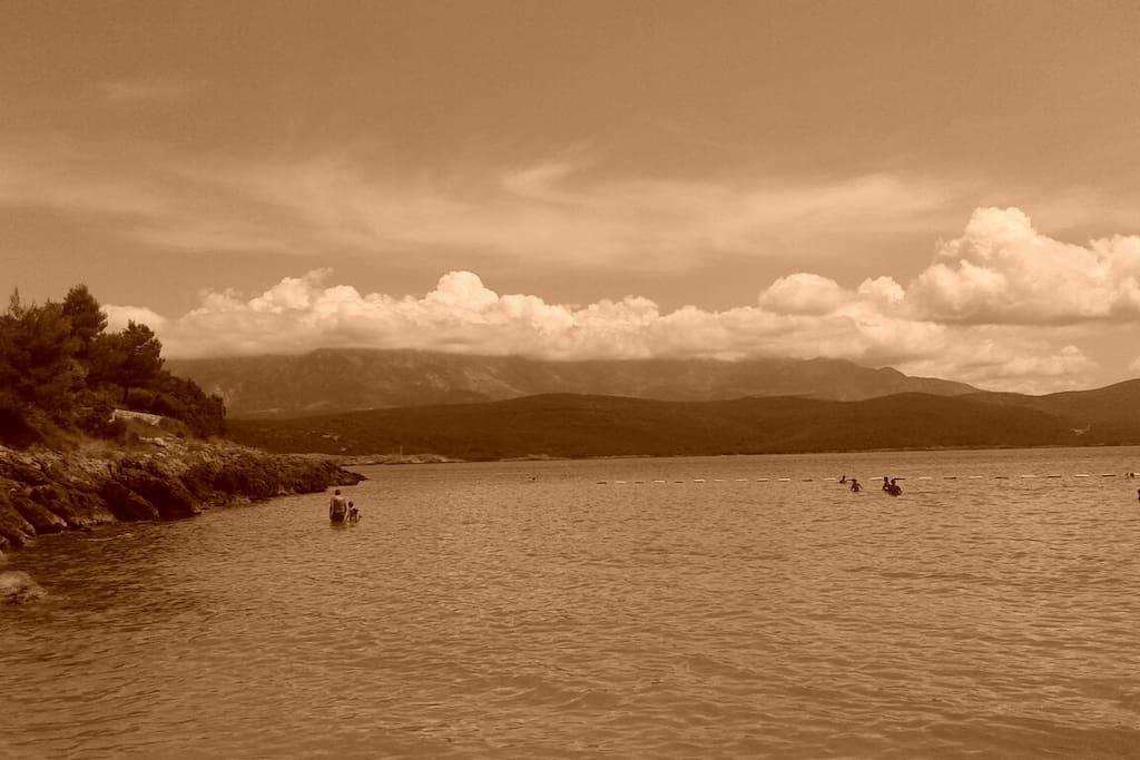 picturesque Oblatna beach