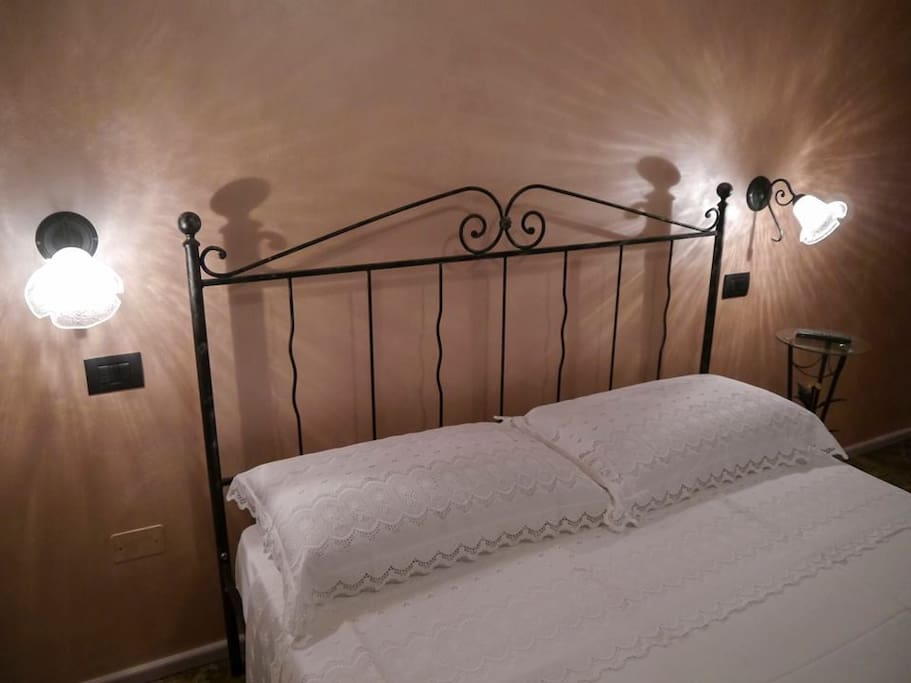 B b le dive stanza garbo chambres d 39 h tes louer for Chambre d hote italie