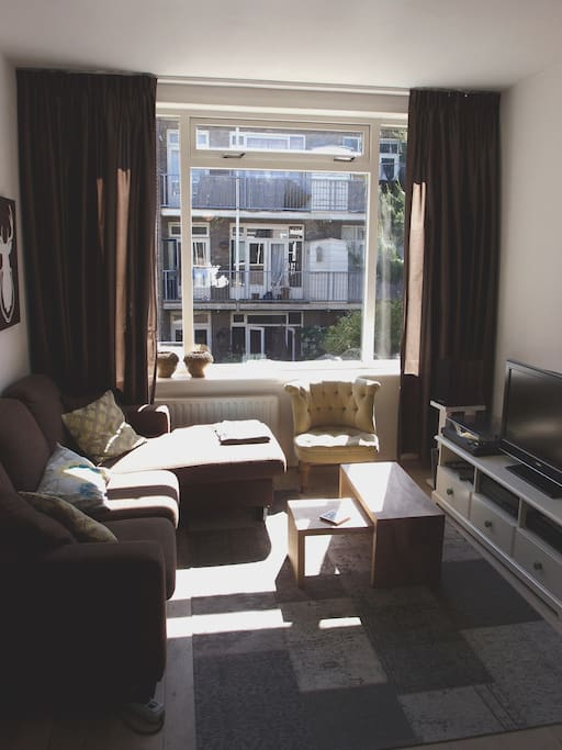 Main living room with TV