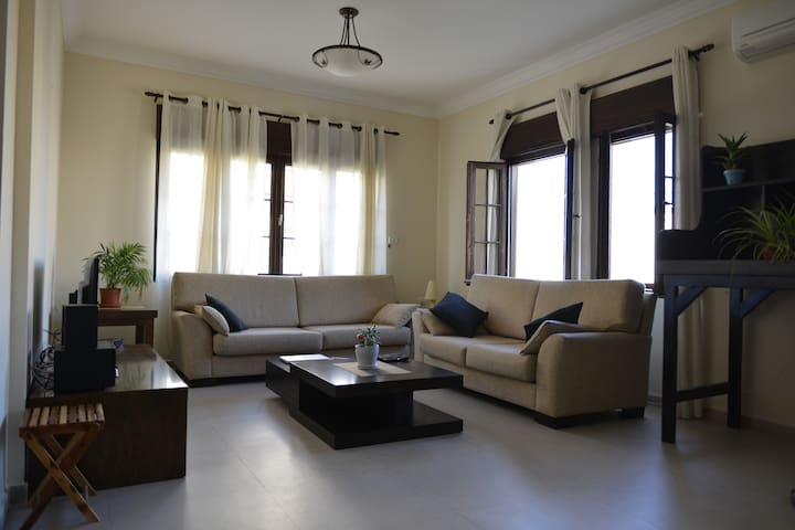 Double room +1 with great views - Ramallah - Apartamento