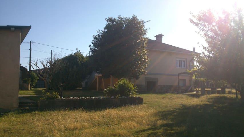 Acogedora Casa en Zona Rural. - Tomiño - Rumah
