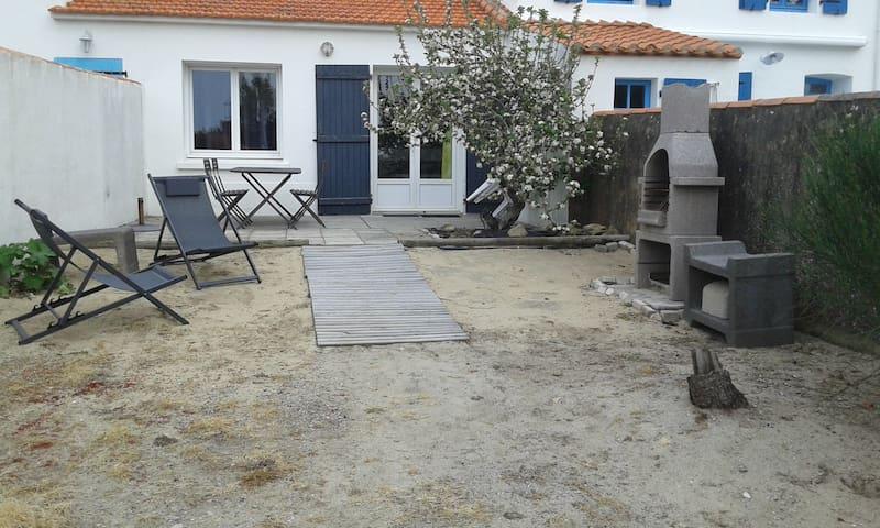 Noirmoutier maison typique, charme et calme assuré
