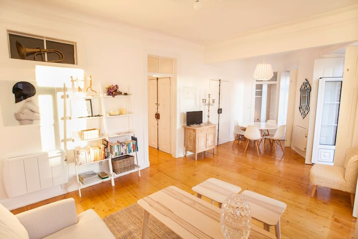 Charming Principe Real Flat! - Lisboa - Appartement