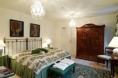 Edel Maries room at Broholm Castle - Gudme