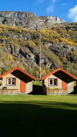 Cabin 1 - Aurland Valley - sleeps 4 - Aurland - Chalet
