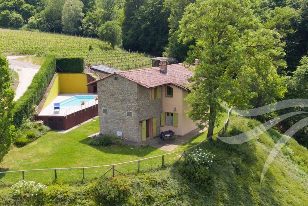 Complitly indipendent house in the langhe