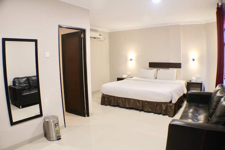 CLEAN & SPACIOUS Studio Suite in Nagoya Batam