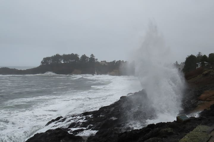 A spray in Depoe Bay, just south of Lincoln City.