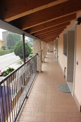 Residence Le Zagare - Appartamento Mimosa - Sant'Ambrogio di Valpolicella - Appartement