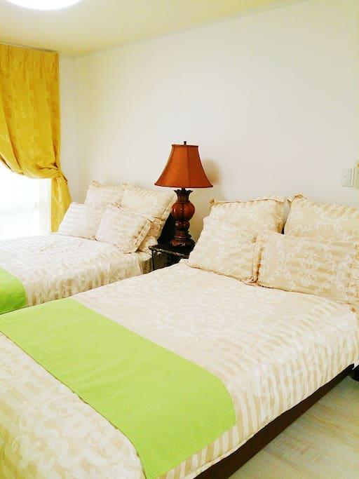 セミダブル ベッドが2つです! Two semi double beds !