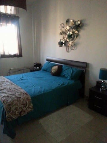 1 st floor apartment close to all enmities