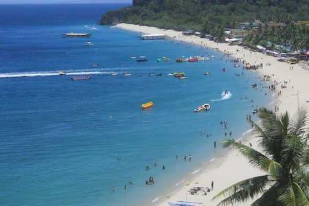 Quiel's Place Puerto Galera
