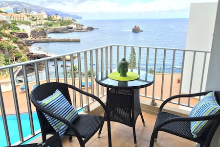 Balcony with Ocean View - Wohnung