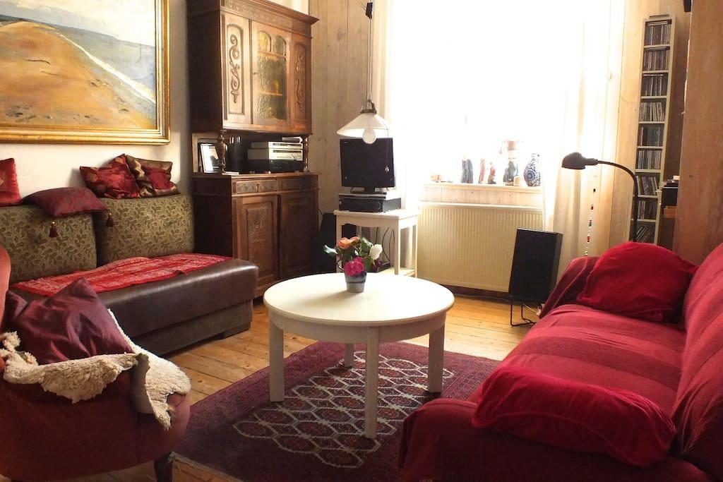 Wohnzimmer mit zusätzlichem Bettsofa