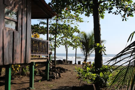 Beach front Bungalow - Mechapa