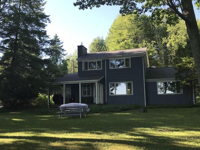 Beautiful Lave View Home on Otisco Lake