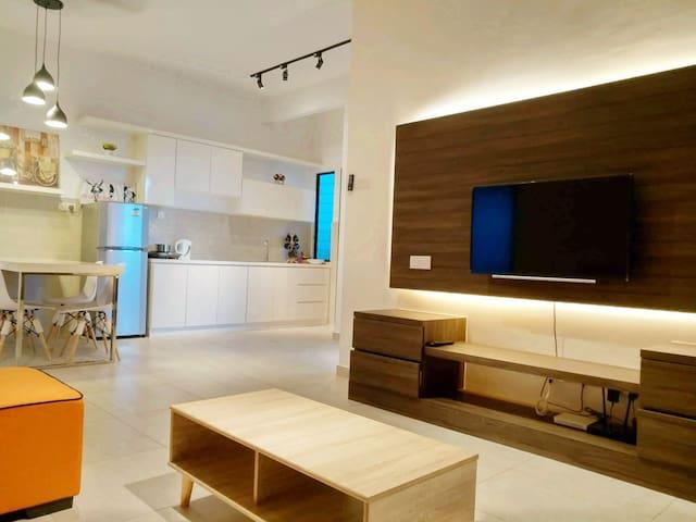 A25 Atlantis Luxury Residence / 8-10 Pax / WIFI