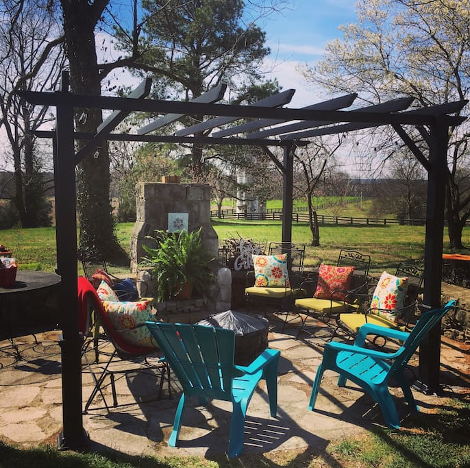 Just added outdoor pergola and fire pit for roasting marshmallows! Come visit  and stay at Historic Beechmont Farm!
