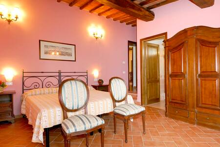 Top 20 Castellina in Chianti Vacation Rentals, Vacation Homes ...