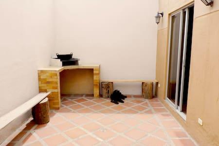 Casa en La Mitad del Mundo, Quito - Quito - Haus