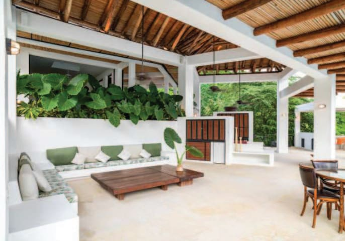 For 23 Guests. Luxurious Very Large Private Home. - Anapoima - Casa