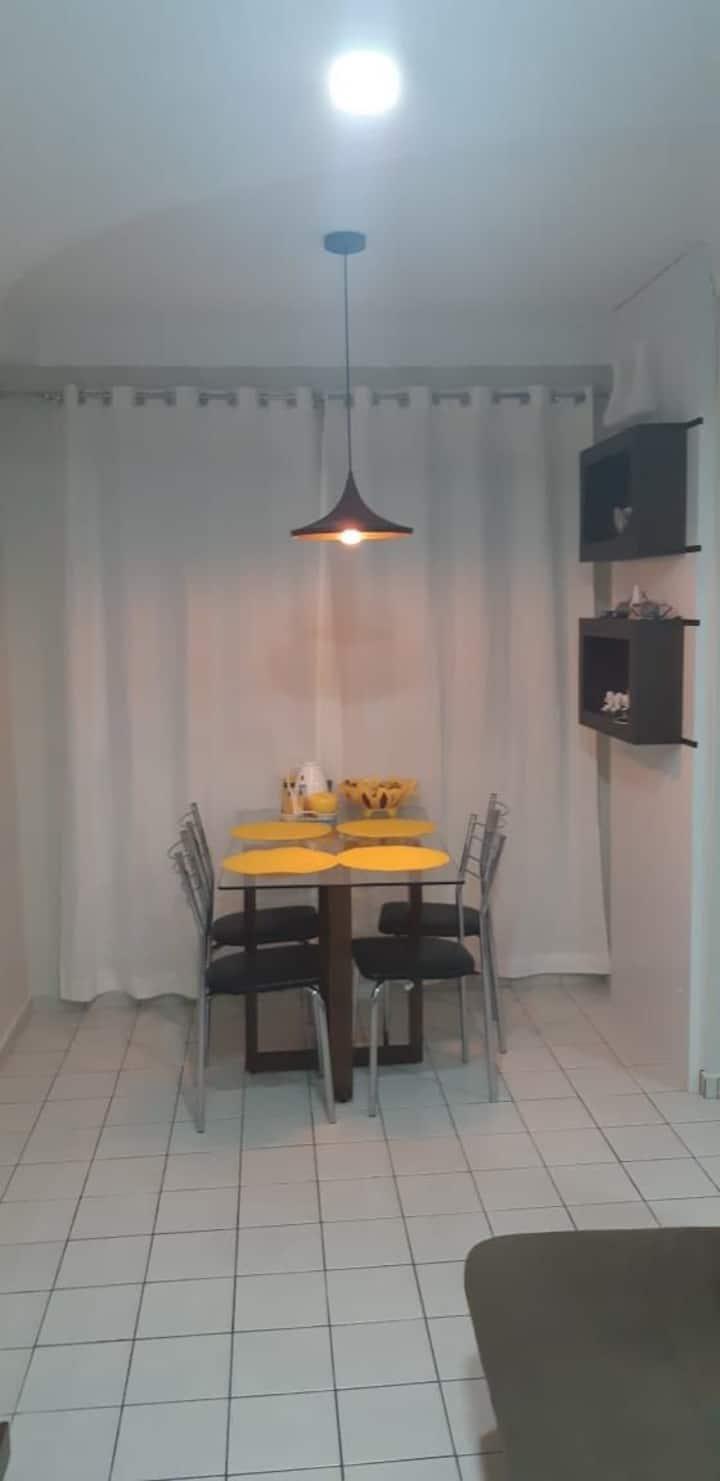 Apartamento completo com dois quartos climatizados