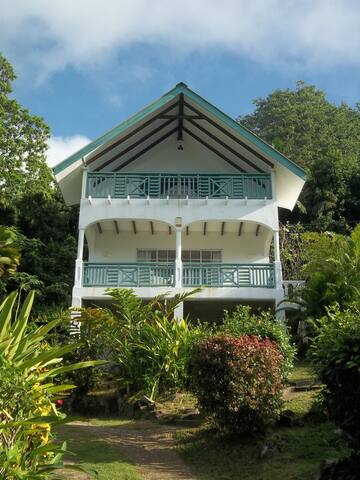 Chez Bijoux Self-Catering - Anse Royale - House