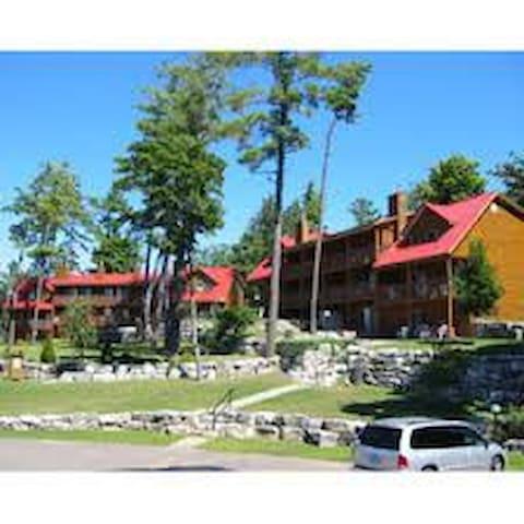 Calabogie Lodge Luxury Timeshare - Calabogie - Paruh waktu