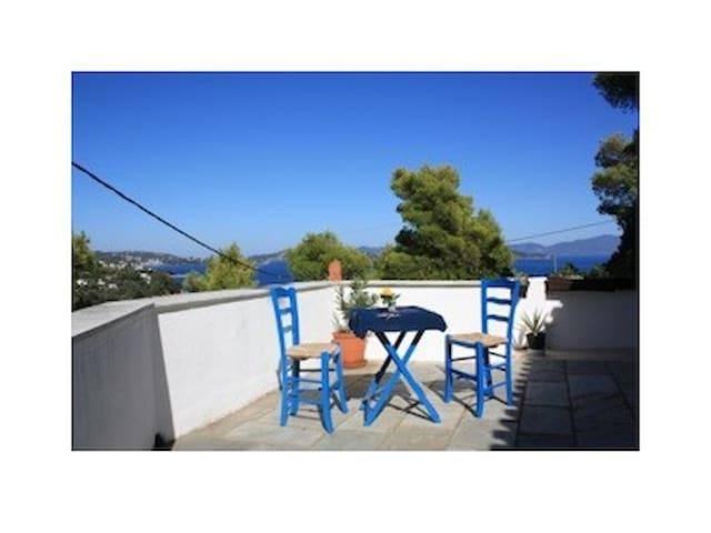 Villa mit Traumblick über die Ägäis - Skiathos - House