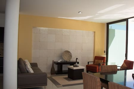 BEAUTIFUL HOUSE FOR LARGE GROUPS - La Cruz de Huanacaxtle - House