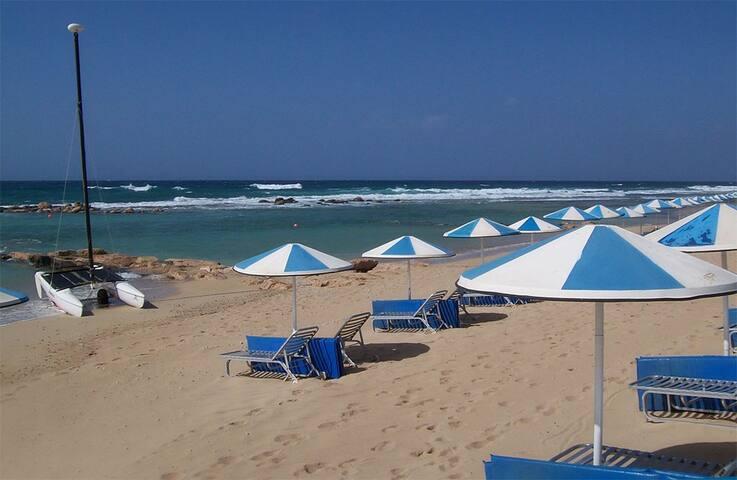 Near beach,new villa 4 bedroom house,private pool - Perivolia - Villa