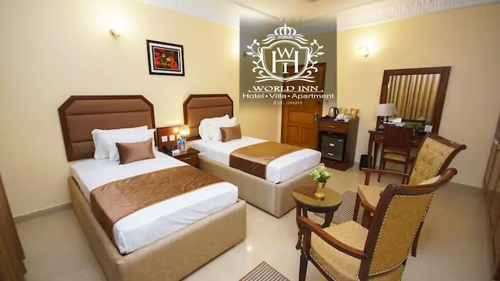 Superior Twin Bed Room at World Inn Hotel Karachi