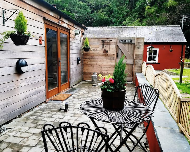 'Woodview' Rural,disabled access, dog friendly.