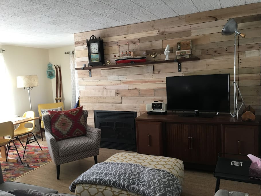TV/Fireplace area (updated)