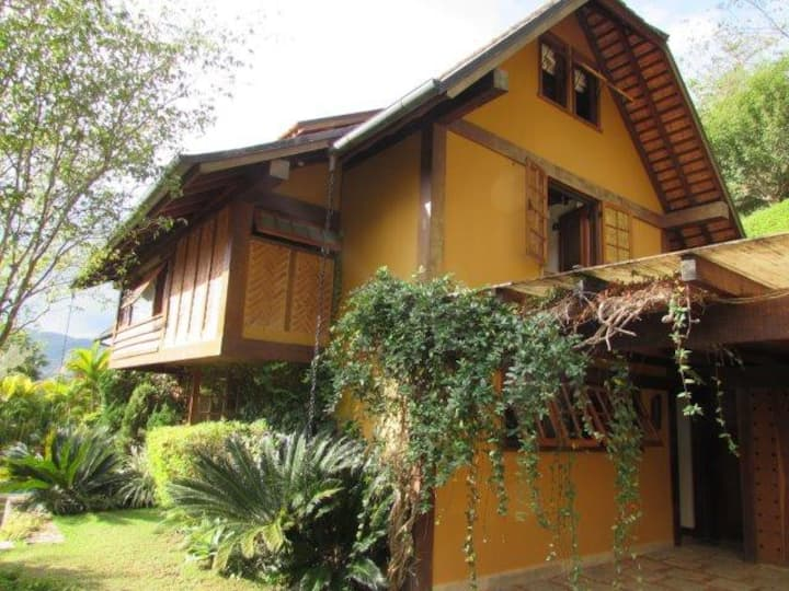 Charming House in Condo Resort, Itaipava, Brasil
