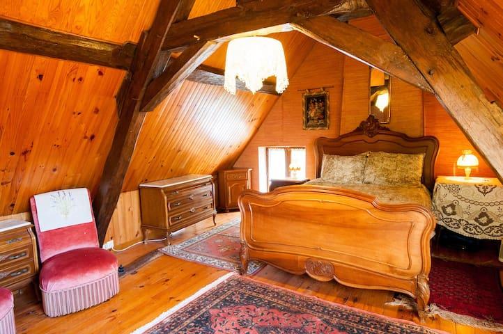 Dove Bedroom #1
