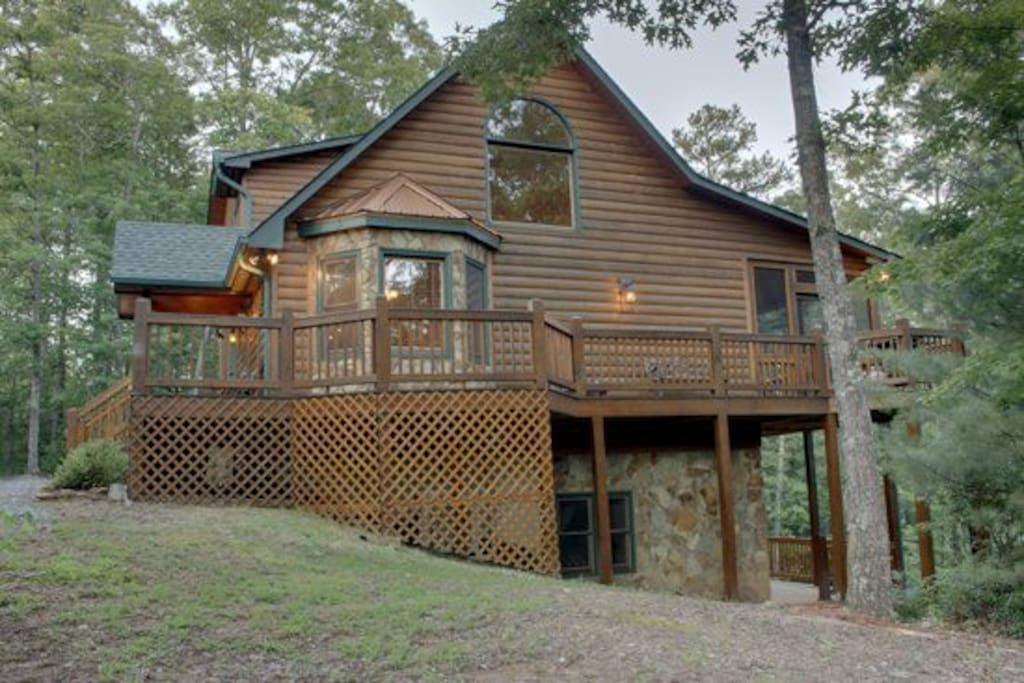 Mlc mountain tops serenity cabins for rent in blue ridge for 8 bedroom cabins in blue ridge ga