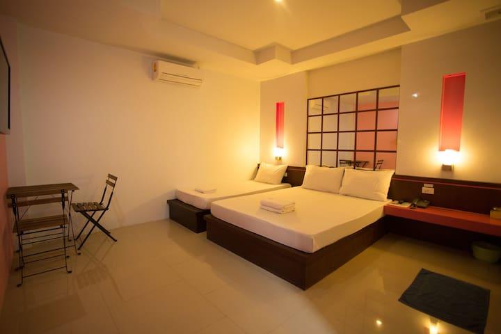 โรงแรมนั่งเล่น เย็นๆชิลๆ - Chon Buri - Dorm