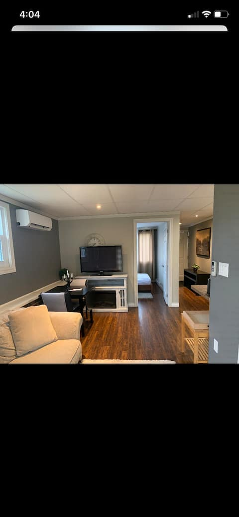 A cozy apartment close to port Stanley beach