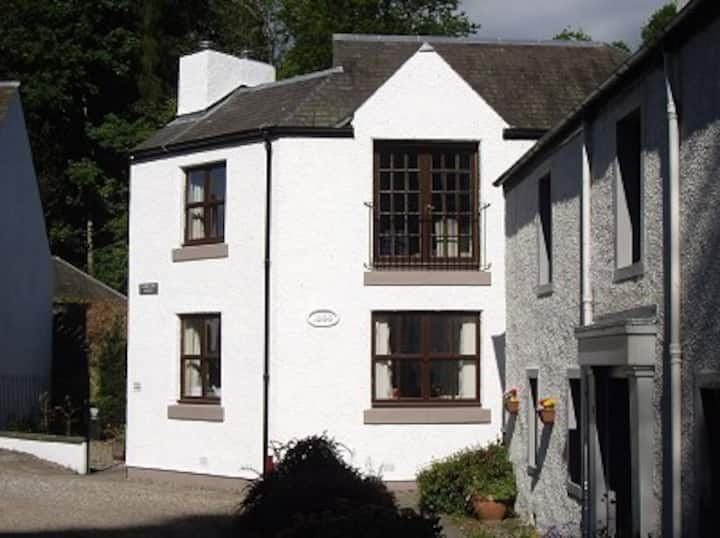Lairds Inn Court Dunkeld