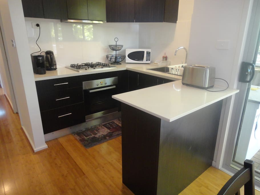 Beauty Room To Rent Canberra