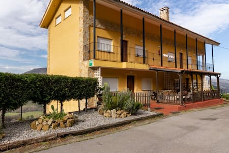 Lovely Holiday Home in Cutiellos with Swimming Pool