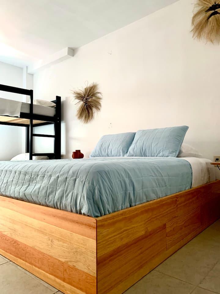 Habitación a media cuadra  del Zocalo.
