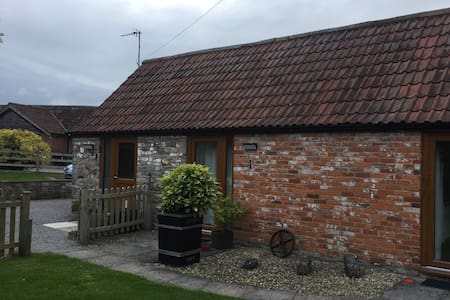 Granary Cottages - Oat Cottage