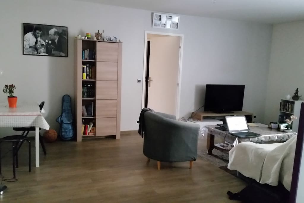 chambre agr able dans appartement meubl apartments for
